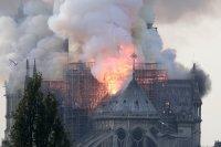 Пажар у Нотр-Дам: французскія вернікі перад абліччам вялікага выпрабавання