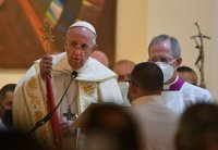 Папа Францішак ў хальдэйскай катэдры ў Багдадзе